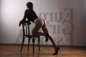Selin erotic massage in Woodmere
