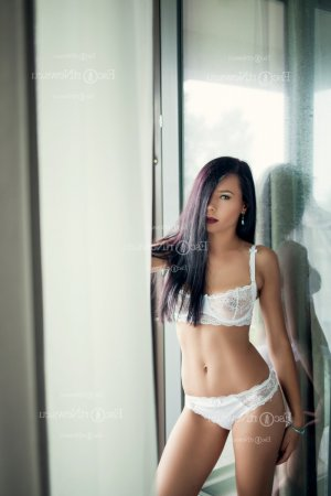 Laure-emmanuelle happy ending massage in Ottawa Kansas