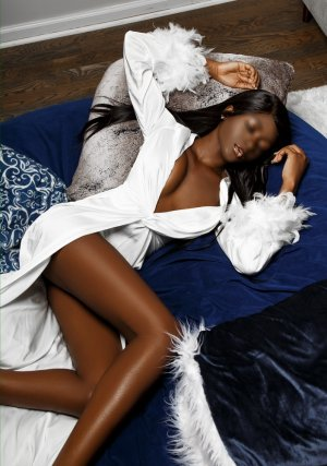 Nedjoua nuru massage in Palm Valley FL